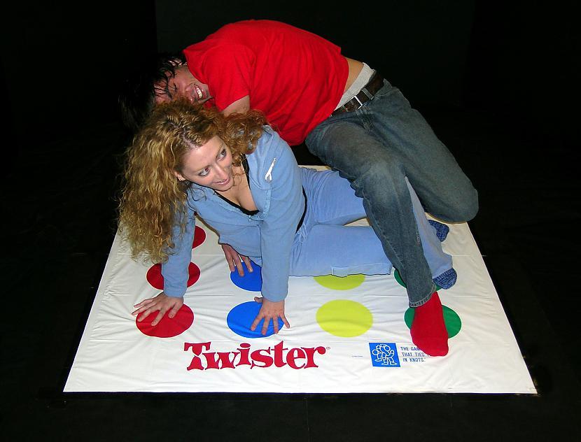 Sākotnēji Twister spēle tika... Autors: Lolipups 20 dažādi faktiņi 2
