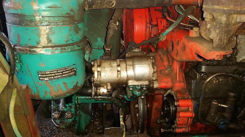 Uzlikts  3210 hidrosūknis Lai... Autors: naislaif LTZ T40AM pārbūvīte