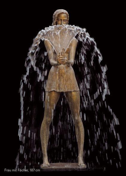 Autors: GargantijA Bronza + ūdens