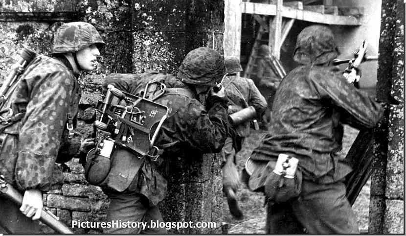 Waffen SS karavīri... Autors: DamnRiga Retas vēsturiskas fotogrāfijas. Pirmā daļa.
