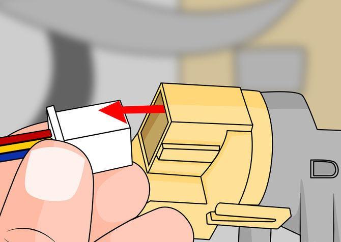 3Novietojam startera... Autors: Fosilija Kā iedarbināt automašīnu bez atslēgām?