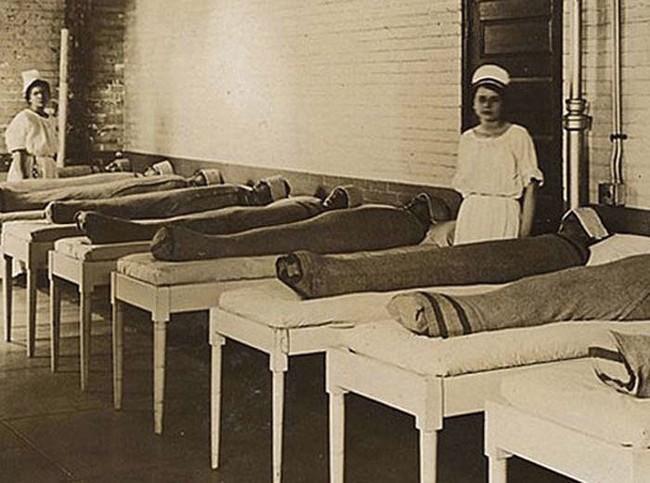 Trakomājas izmantoja slapjas... Autors: rihcaa Vecā medicīna. Jāpriecājas, ka nedzīvo 19.gs.