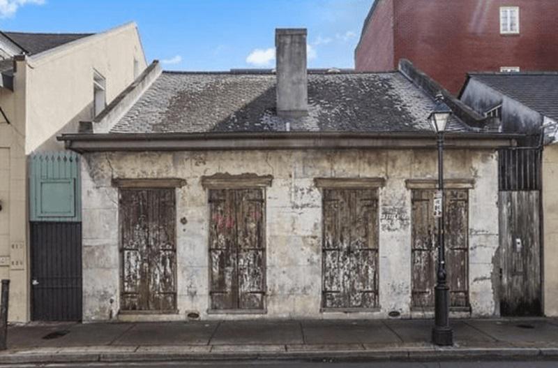 No ārpuses scaronī ēka... Autors: matilde Šī māja ir vairāk nekā 200 gadus veca, bet iekšā izskatās FANTASTISKI