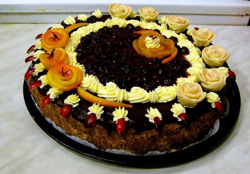 Torte dzimscaronanas dienai Autors: rasiks Dzimšanas dienai (1)