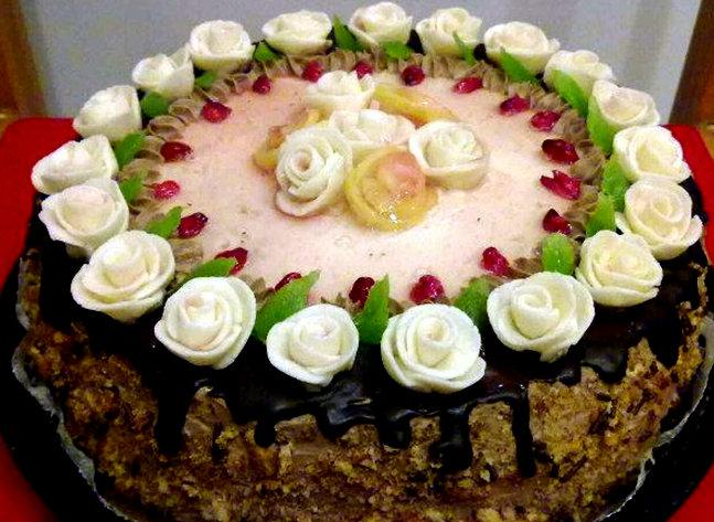 Torte ar zefīra rozītēm Autors: rasiks Dzimšanas dienai (2)