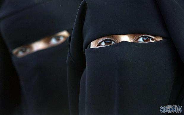 Autors: zuzeks Aizliegums nēsāt musulmaņu galvassegas Latvijā