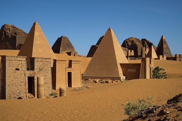 Sudānā ir aptuveni 223... Autors: im mad cuz u bad Interesanti fakti par Āfriku
