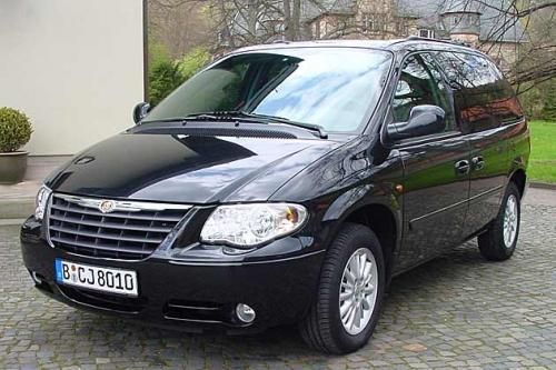 Miniveni 1 Chrysler Voyager ir... Autors: Bezvārdis Apskats par Latvijā reģistrētajām automašīnām.