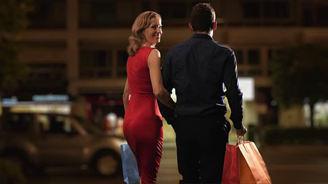 5 Ej pāri ielai tur kur vīrs... Autors: Fosilija Ideālas sievas katķisms