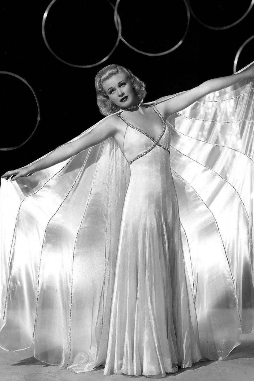 Ginger RogersAtpazīstamību... Autors: Lestets Modes ikonas no 1930-tajiem