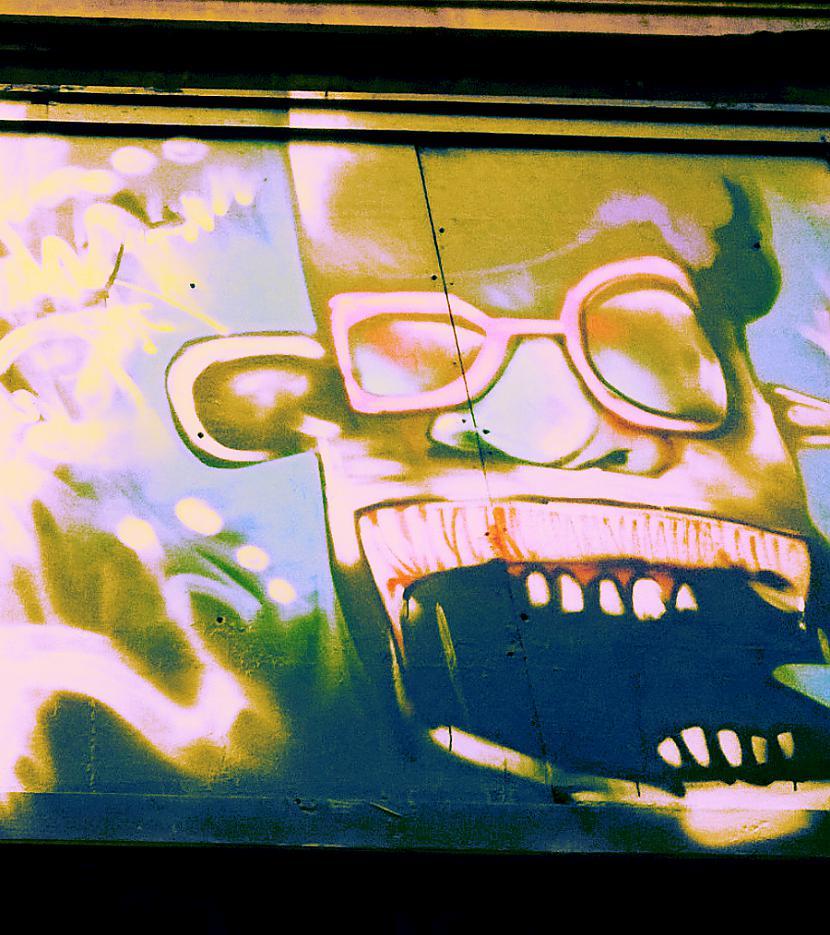 Autors: Strāvonis Graffiti Nr.8