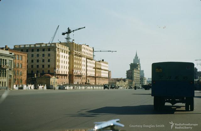 Novinski bulvāris Maskava Autors: Lestets PSRS dzīve 1950-tajos ASV diplomāta acīm