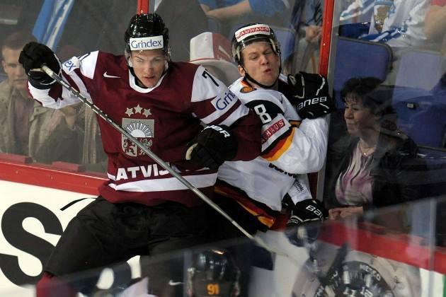 Latvija netika uz olimpiādi ... Autors: Latvian Revenger Latvijas hokeja šīs sezonas īss apskats un analīze