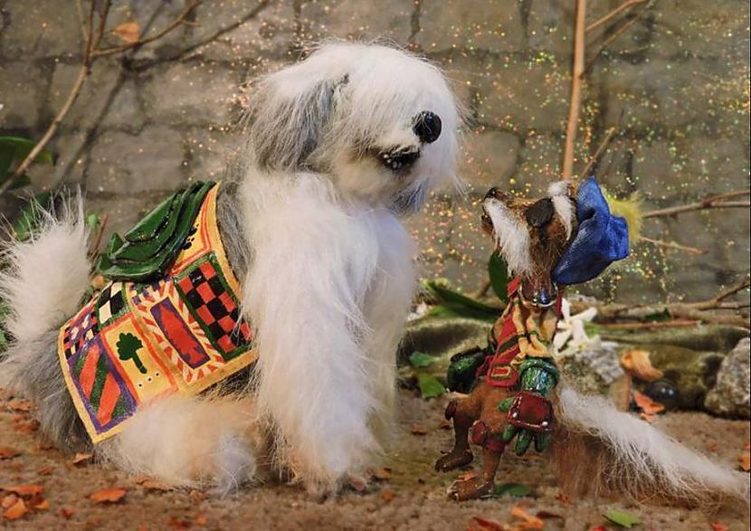 """Meitenes suni Merilinu... Autors: Lestets 9 lietas, ko nezināji par filmu """"Labirints"""""""
