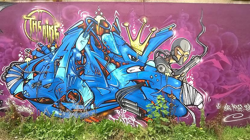 Autors: Strāvonis Graffiti 12