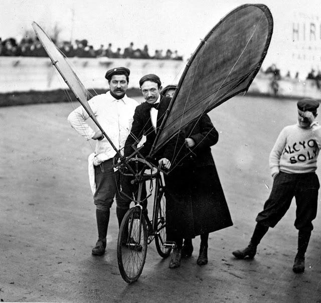 Eksperimentāls lidojoscarons... Autors: Lestets Dīvainākie britu izgudrojumi