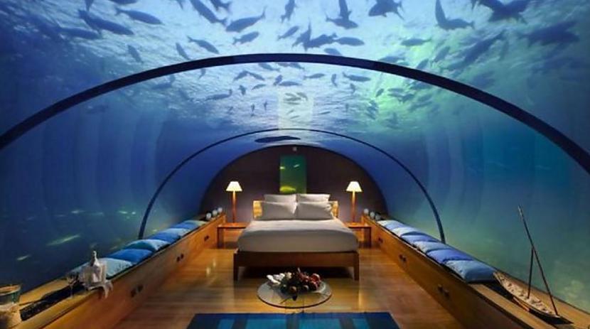 Numuros ir divguļamās gultas... Autors: 3L3KTR1C0 Viena nakts šajā viesnīcā maksā 15 000 dolārus.