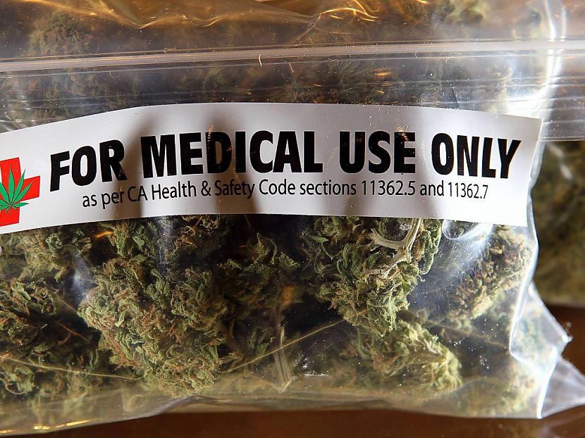 Bez medicīniska... Autors: Parasts spocēns Visa patiesībā par to - kāpēc marihuāna (slikta, narkotiska viela) ir aizliegta!