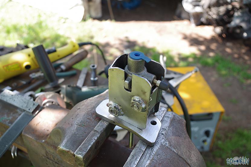 Autors: JānisKJK Jeep Grand Cherokee 4.0-ZJ Remots [Trešā Daļa]