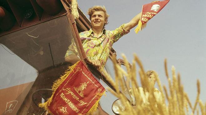 Tikai PSRS  cilvēki brauc... Autors: Lestets Padomju laika iestudētās fotogrāfijas