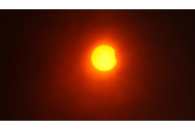 Saules plankumiTumscaronākos... Autors: Fosilija Interesanti fakti par Sauli