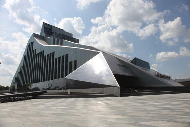Latvijas Nacionālās... Autors: Little rocket man Labākās uzbūvētās celtnes šajā dekādē