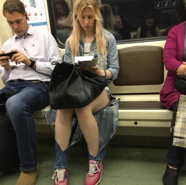 Autors: Puišelis69 Džinsi, meitenes, mode - trīs vārdi, kas pievilina vīriešus