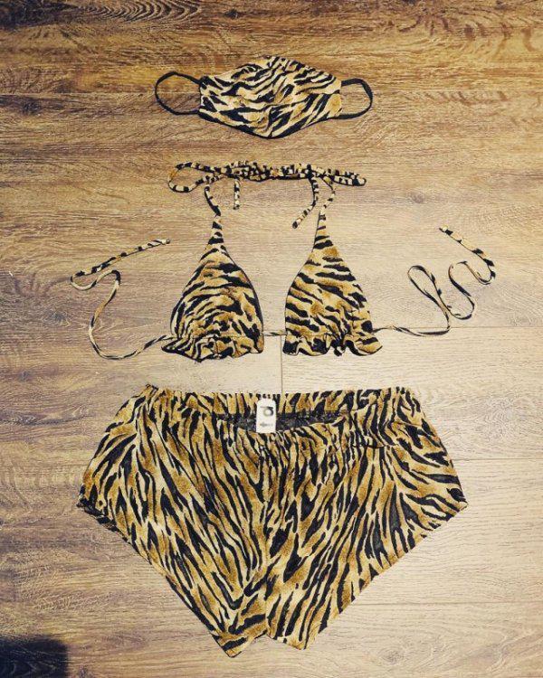 Autors: Fosilija Trikini - jauna tendence pludmales modē