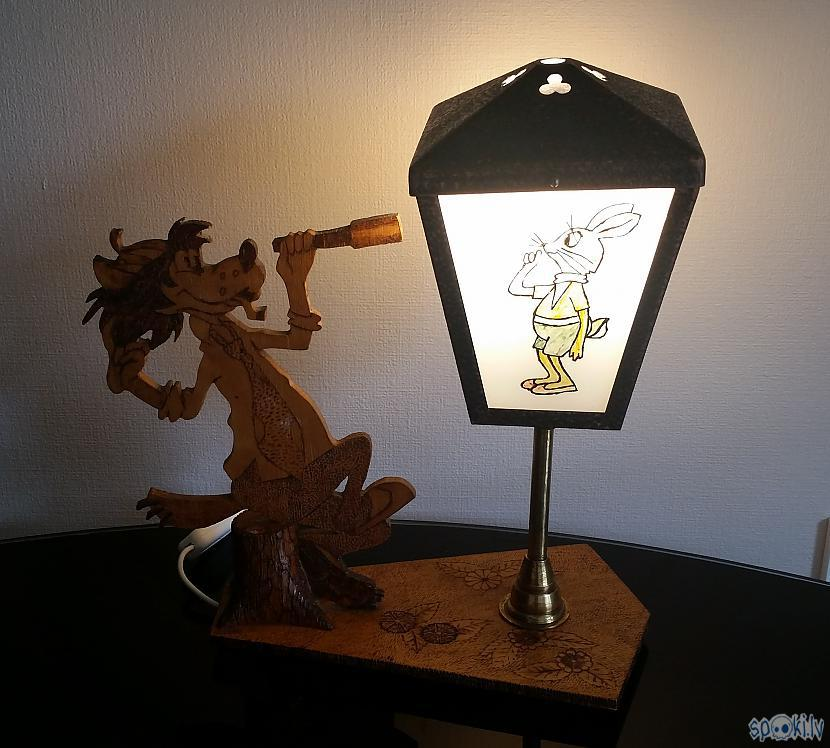 "un pat darbojas Autors: pyrathe Retro lampa ""Ну, погоди!"""