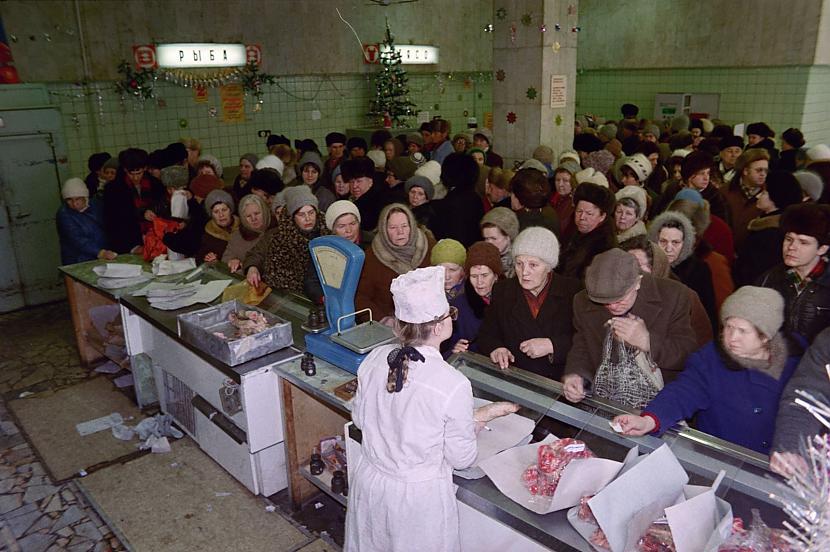 Scaronī jau ir gaļas rinda Autors: Lestets PSRS pēdējo dienu fotogrāfijas