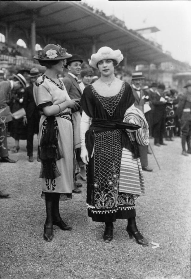 Autors: Fosilija Tālais 1914 gads: Parīzes mode (47 fotogrāfijas)