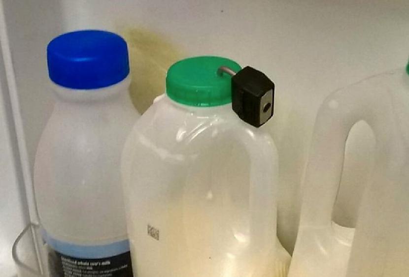 Piena situācija ofisā ir... Autors: Lestets 19 reizes, kad cilvēki nokļuva neparastās situācijās