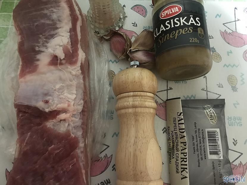 Svaigu un izcili kvalitatīvu... Autors: ezkins Sagribējās gaļu