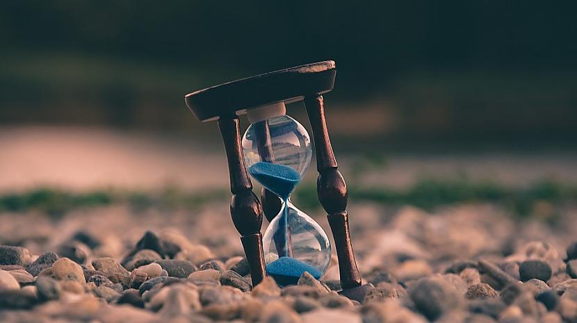 Smilscaronu pulkstenisTu... Autors: Lestets Izvēlies simbolu un tas atklās, ko tev tagad vajag