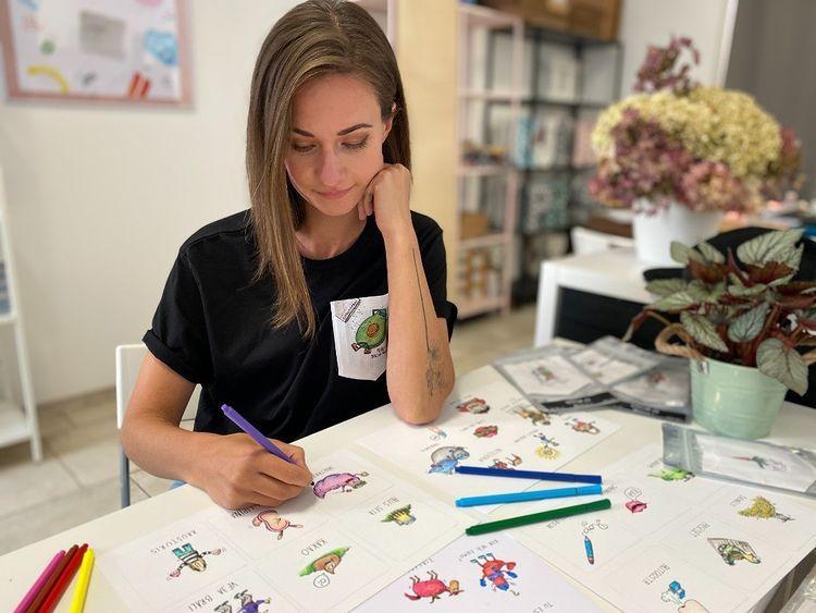 Elzas mīļākais sauklis ir... Autors: matilde Pārvarēt bailes un noticēt sev: Elza Jarāna rada ilustrācijas, kas rada prieku