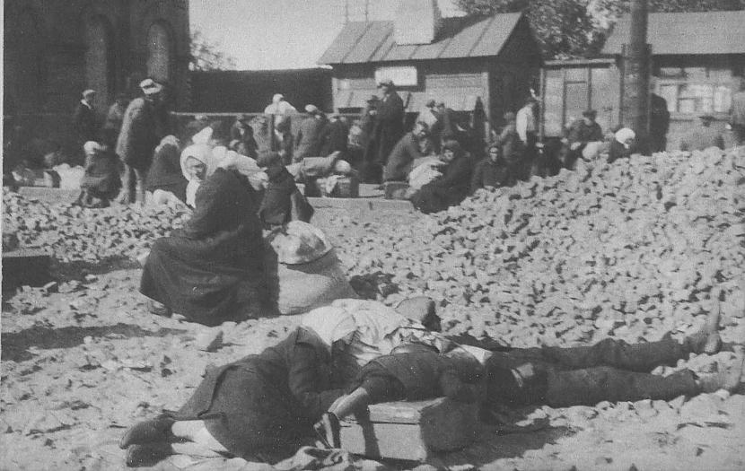 Aiz lozungiem bija arī... Autors: Lestets PSRS 1930-to gadu dzīve