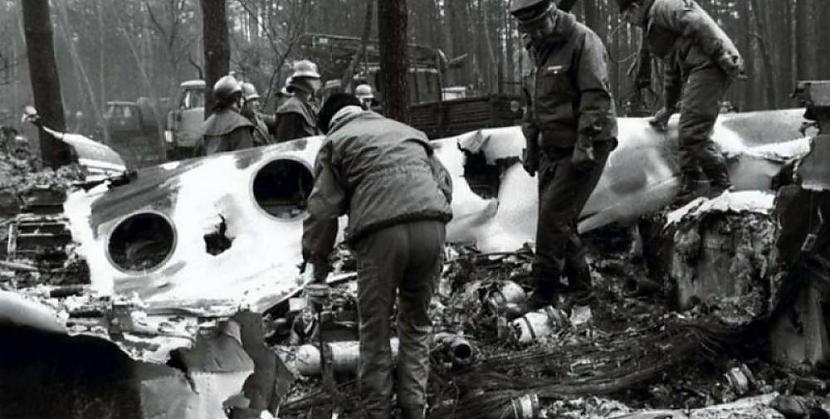 Autors: Plane Crash central Komerciālo lidaparātu katastrofu bildes (Astoņdesmitie) 1986.-1989.g