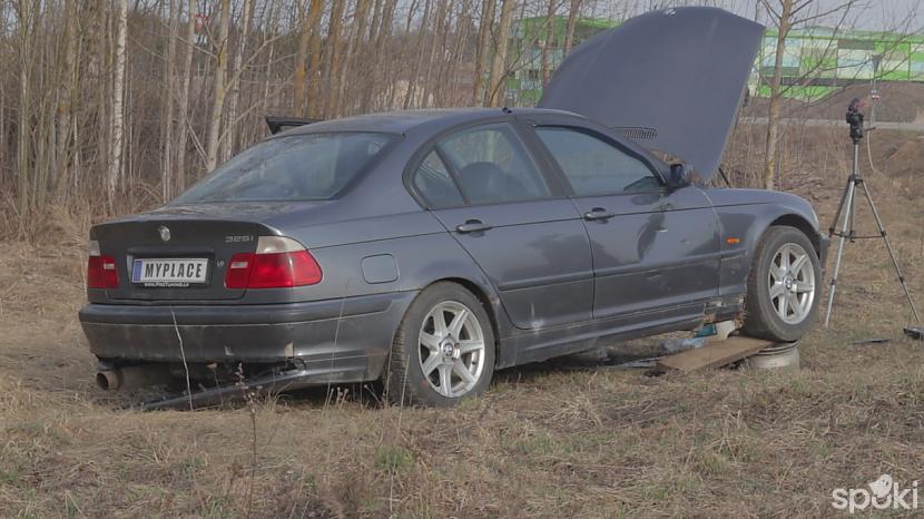 Uzdzinām autiņu uz diskiem lai... Autors: MyPlace Tā nebija prātīga doma / BMW e46 aizdegās / AUTOVLOGS #11