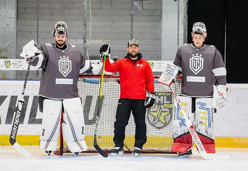 Rīgas ldquoDinamordquo... Autors: Hokeja Blogs Rīgas Dinamo vārtu drošība leģionāru rokās